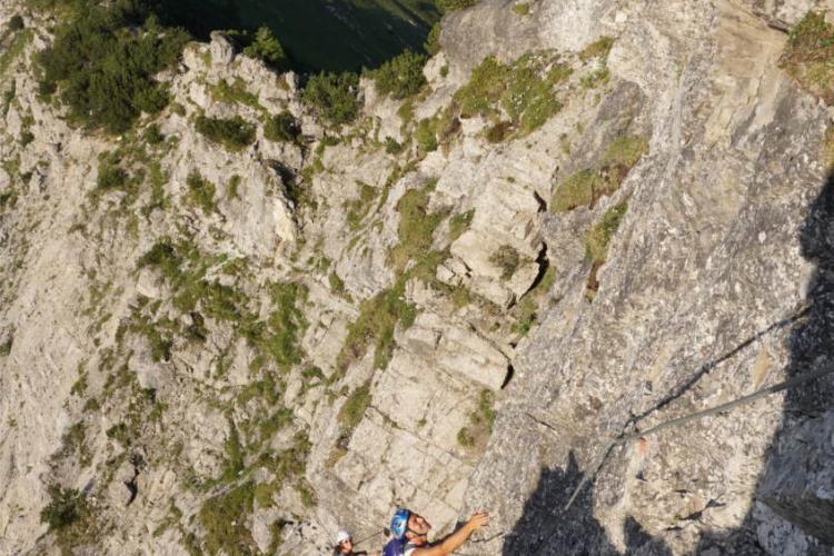 Klettersteig Salewa : Salewa klettersteig fasziniert bergfexe und sportliche anfänger